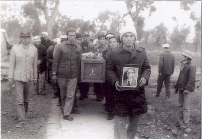 VS Nguyễn Ngọc Nội đưa Sư phụ về nơi an nghỉ tại nghĩa trang Văn Điển